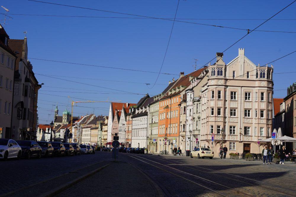 maximilianstraße augsburg sehenswürdigkeiten